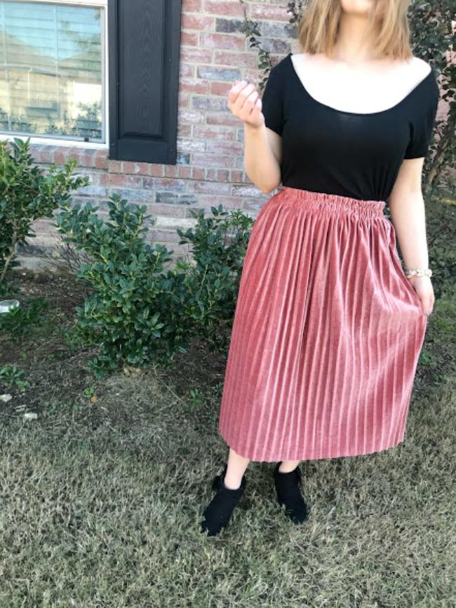 Pink Crushed Velvet Pleated Skirt