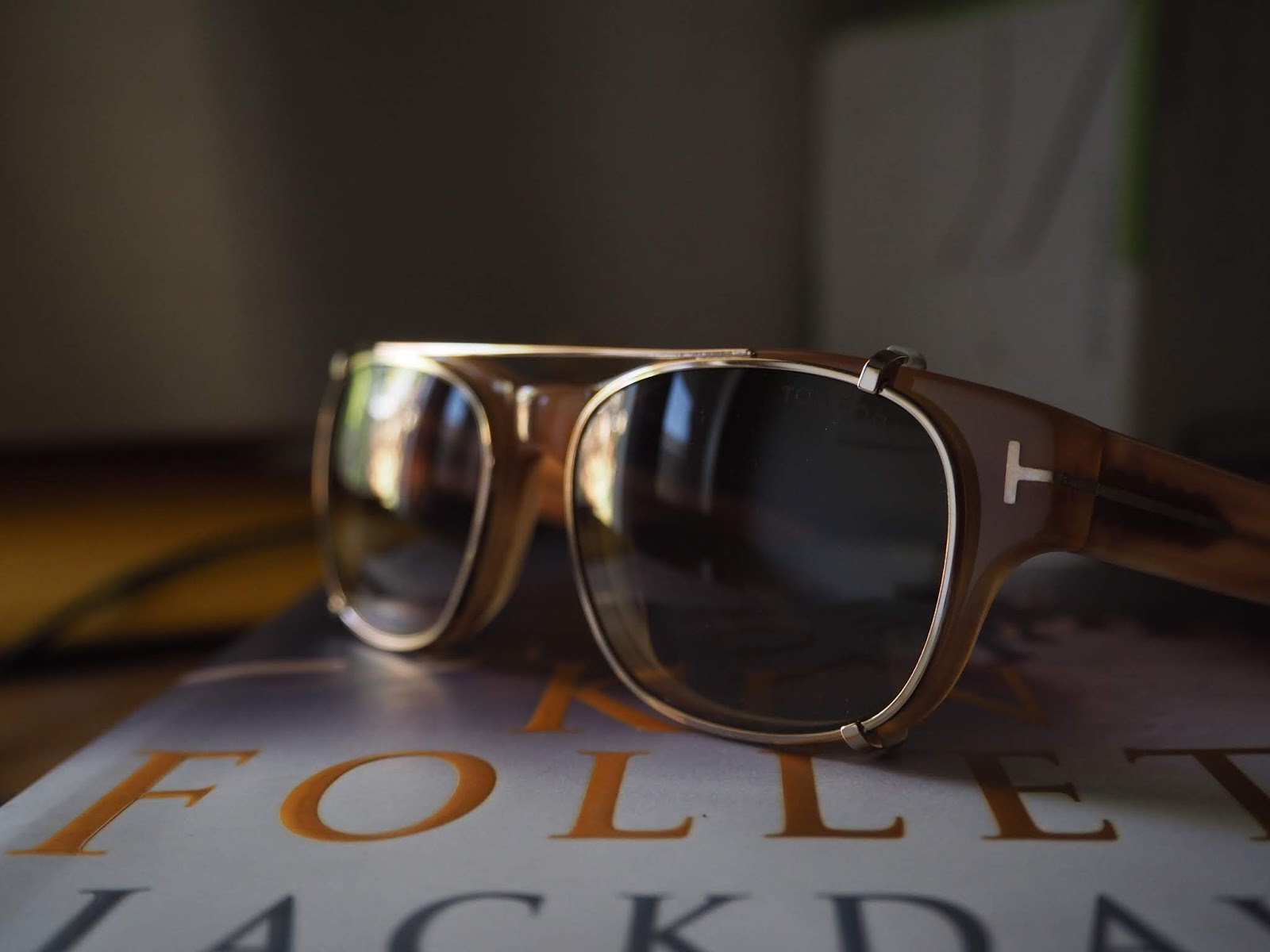 78cc7f08ee1 I had multi-focal lenses fitted to these Tom Ford frames a couple of weeks  ago. I had been on the hunt for a set of frames which had clip-on sun-glass  ...