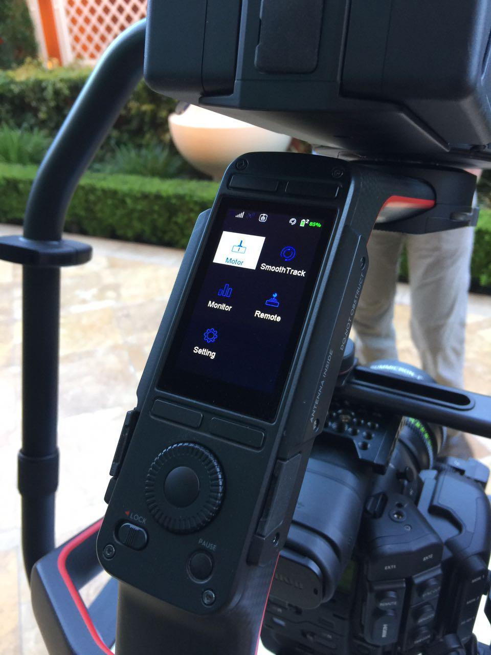 Новый сенсорный интерфейс для DJI Ronin 2
