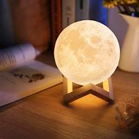 https://www.natureetdecouvertes.com/deco-maison/decoration/lumiere-ambiance/lampe-lune-feerique-91784720
