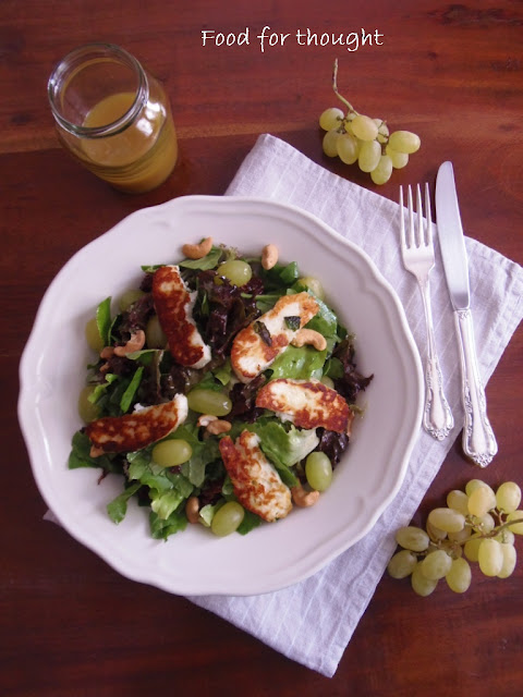 Green Salad with Haloumi Cheese and Grapes