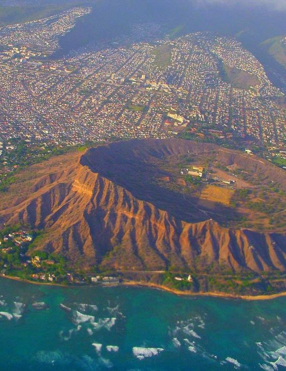 Diamond Head State Monument, Oahu, Hawaii, USA