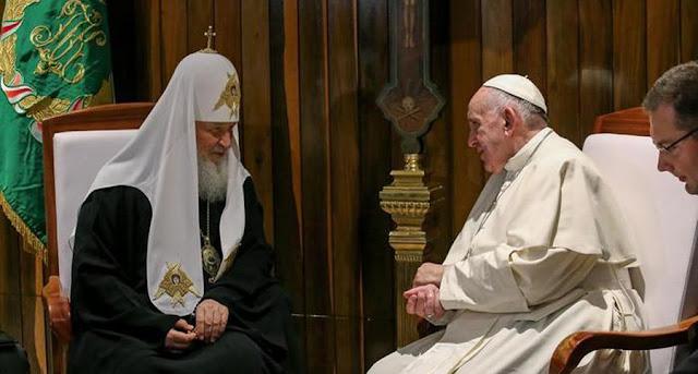 Avanza el plan de unidad de Francisco tras el encuentro con Cirilo Cirilo-francisco