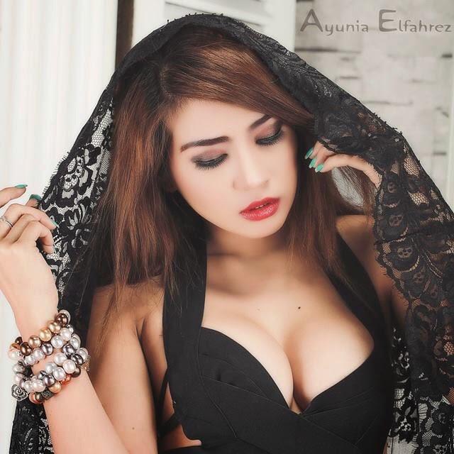 Image Result For Ayunia Elfahrezz Seksi Selfie Terbaru
