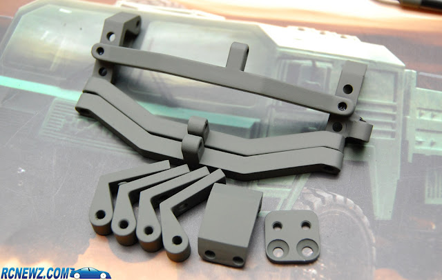 RC4WD Beast 2 link mounts painted