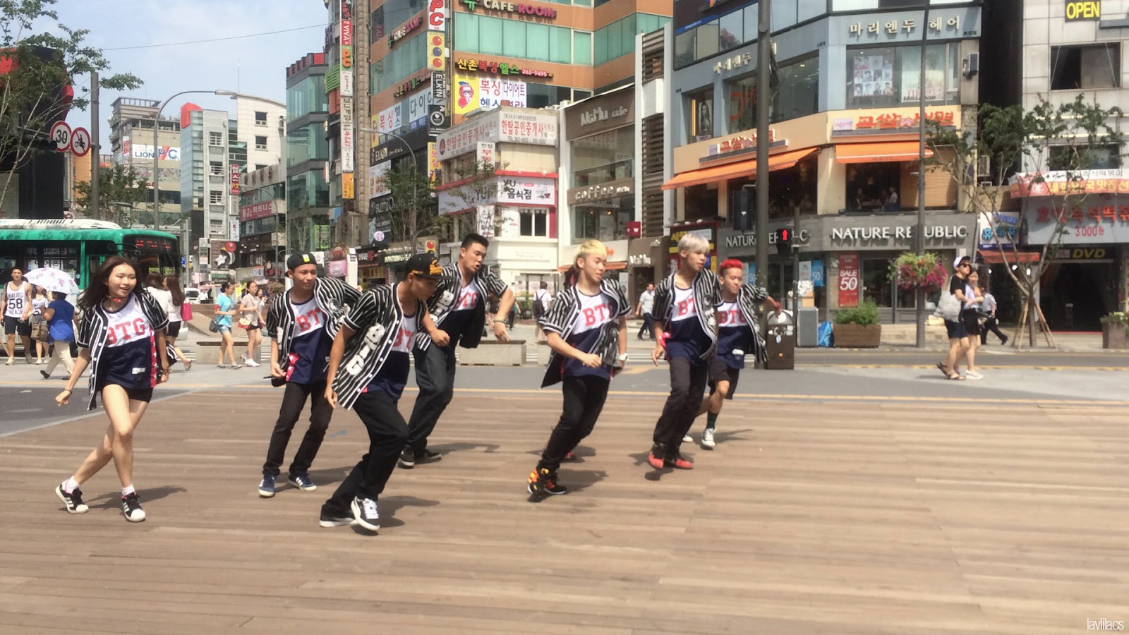 Seoul, Korea - Summer Study Abroad 2014 - Dance crew in Sinchon