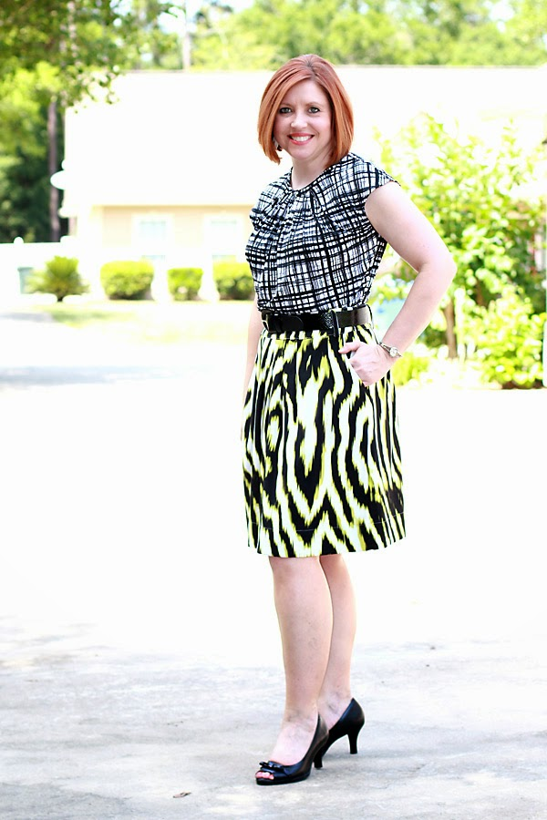 skirt outfit, pattern mixing, work attire