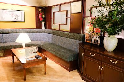 Szechwan Restaurant Akasaka - one of the more elegant corners.