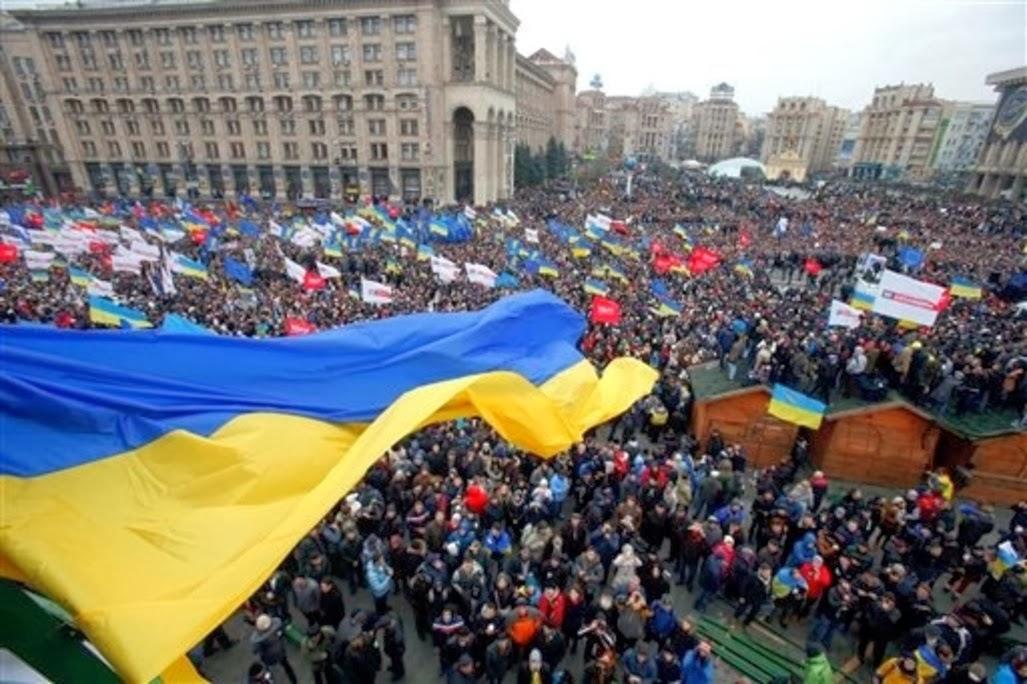 Manifestação do Milhão inundou Kiev, e instrumentos de Putin tremem