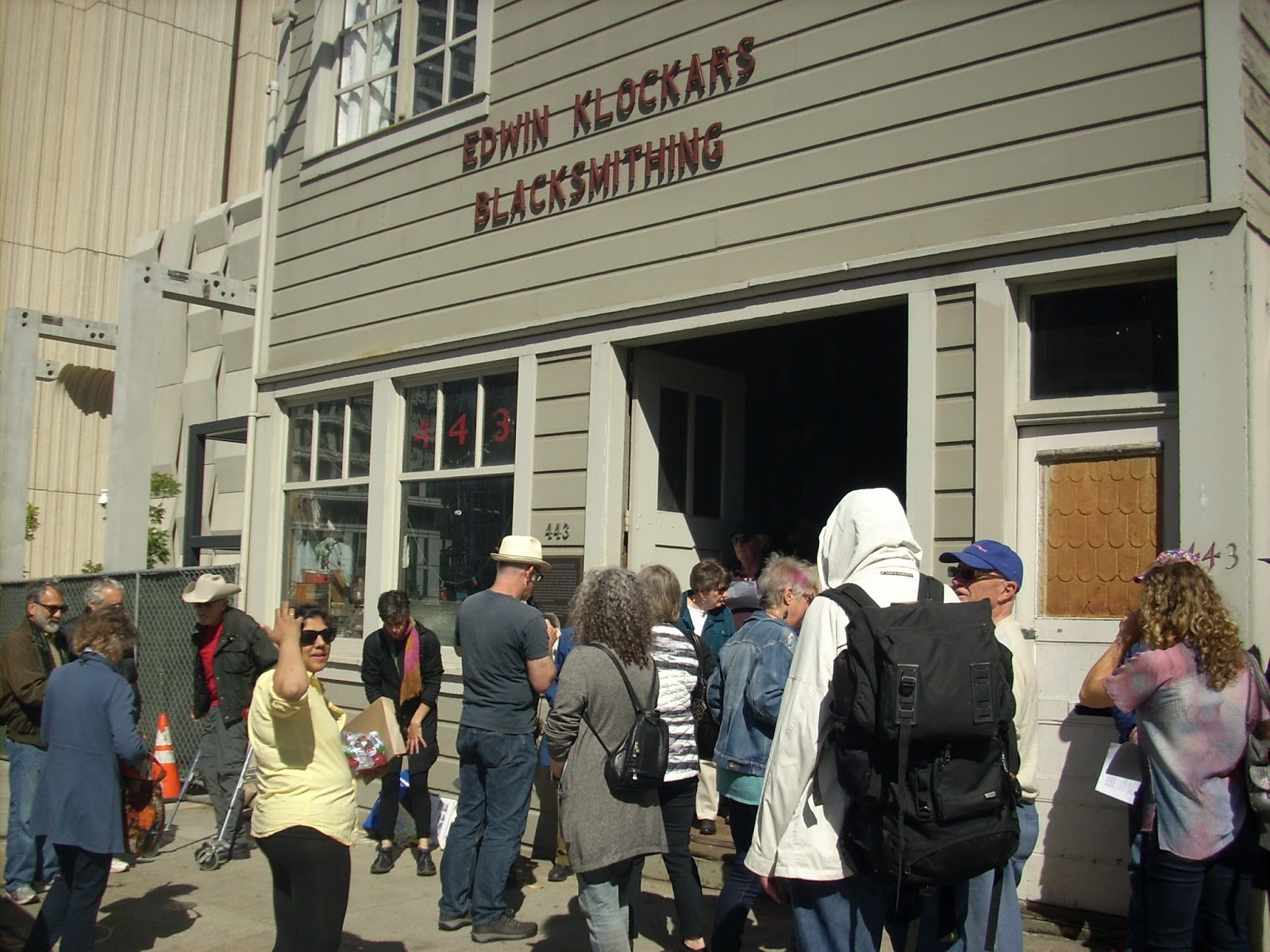 In Commemoration Of Its 10 Th Anniversary Hope Mohr Dance Collaborated With Shaping SF To Produce Precarious Labor History Walking Tour Awesome
