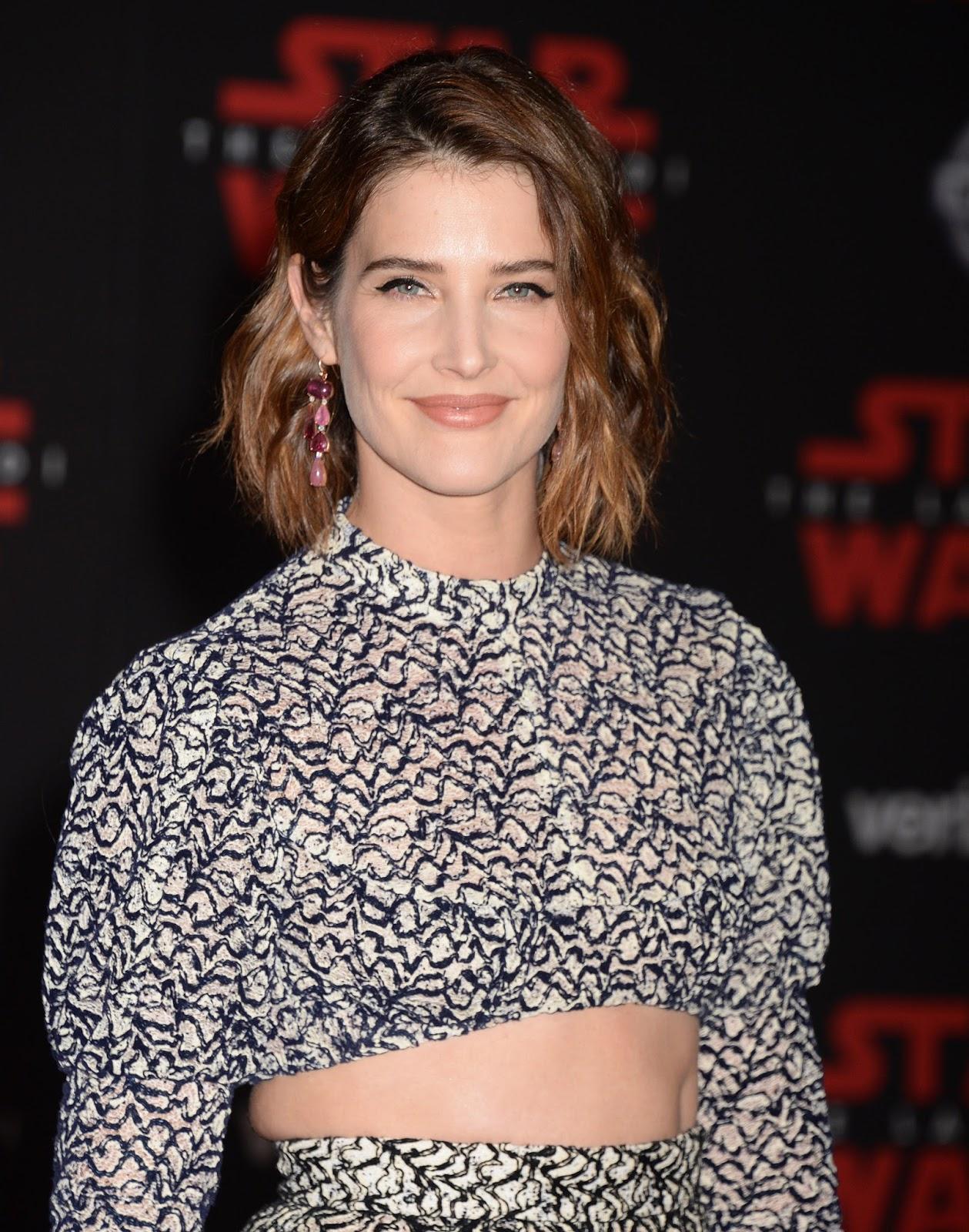 Cobie Smulders Arriving at 'Star Wars The Last Jedi' premiere in Los Angeles