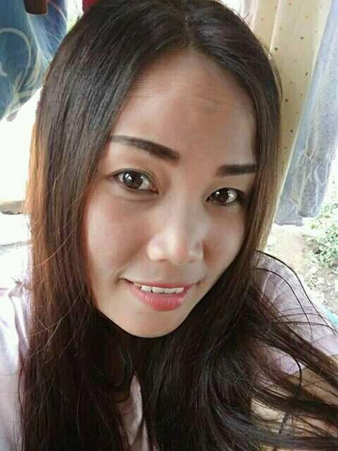 Wati Seorang Wanita, Beragama Islam, Di Temanggung, Provinsi Jawa Tengah Sedang Mencari Jodoh Pasangan Pria Untuk Dijadikan Sebagai Calon Suami