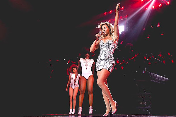 Beyonce new costumes world tour