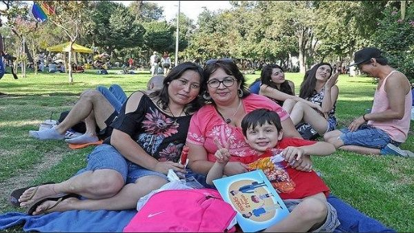 Diputados chilenos aprueban propuesta de adopción homoparental