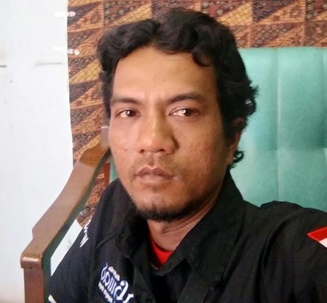 Solikin Ahmad Seorang Duda, Beragama Islam, Suku Jawa, Berprofesi Fotografer Di Malang Jawa Timur Mencari Jodoh Pasangan Wanita Untuk Dijadikan Calon Istri