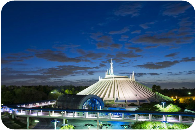 Best Rides in Tomorrowland Space Mountain