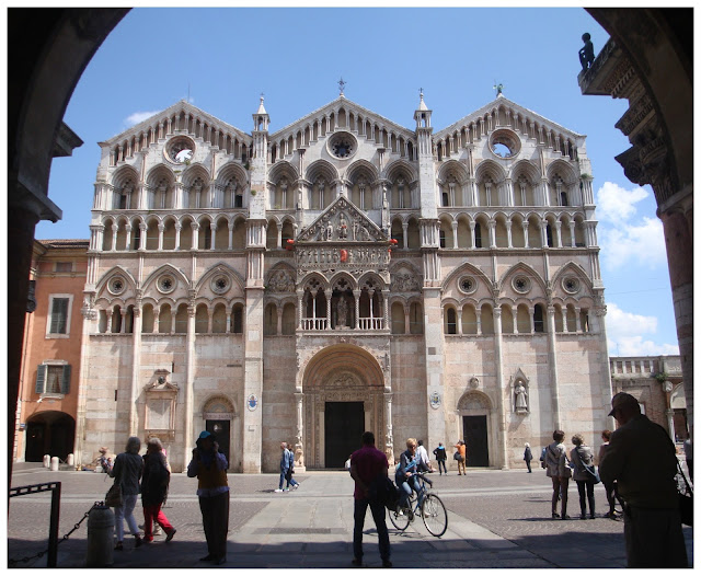 Catedral de Ferrara, Itália