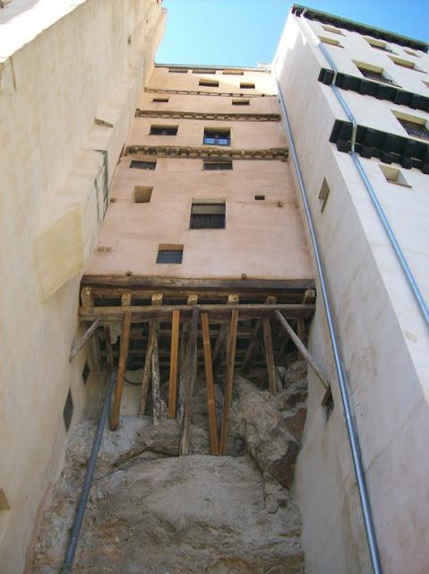 LA IMAGEN DEL DIA: Cuenca, rascacielos en el Jucar 1