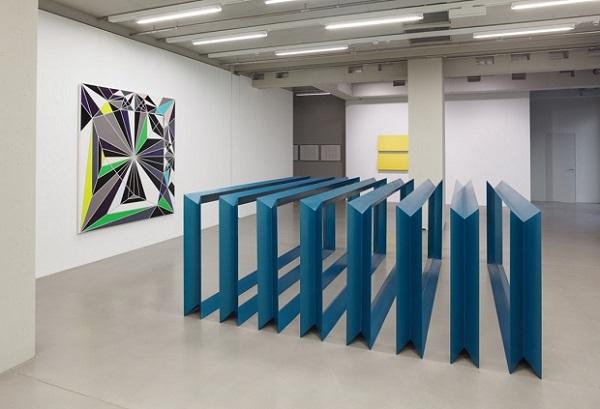 Vordergrund - Donald Judd, Untitled, 1967 - MMK Frankfurt 2017.