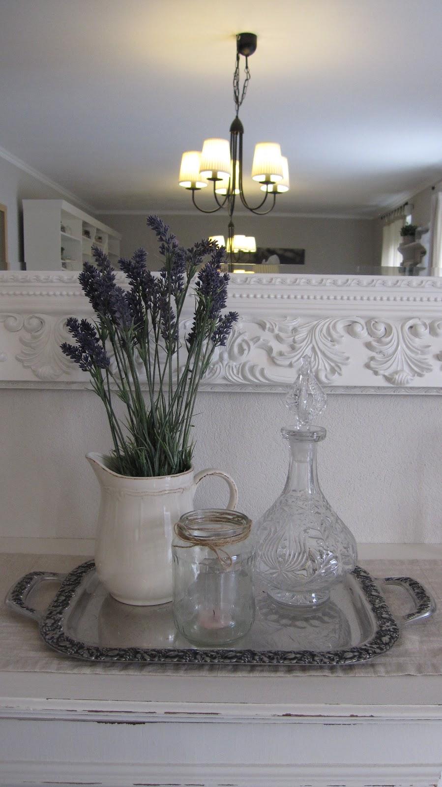 kleines gelbes haus shabby chic tischdecke. Black Bedroom Furniture Sets. Home Design Ideas