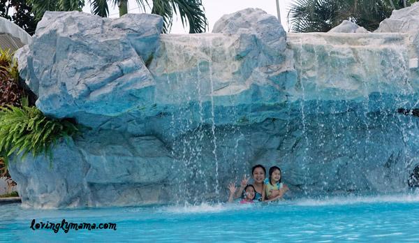 Marco Polo Plaza Cebu - Marco Polo Hotel Cebu - Cebu hotels - Philippine hotels - swimming pool - family vacation -family travel