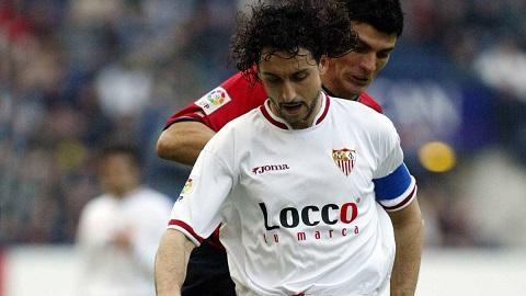 Pablo Alfaro đã rất phẫn nộ trước hành động lật lọng của Vitolo.