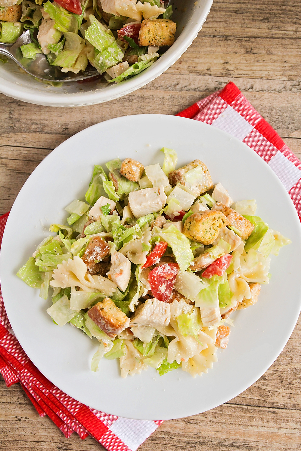 This delicious and zesty chicken caesar pasta salad is quick and easy to make, and perfect for a light summer meal!