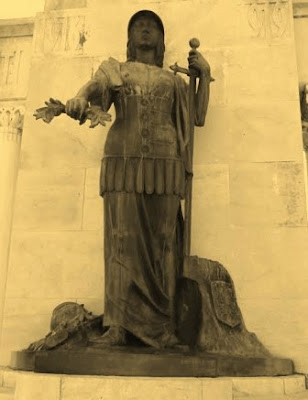 Statuia Victoriei