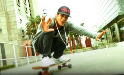 Resultado de imagem para micael borges andando de skate