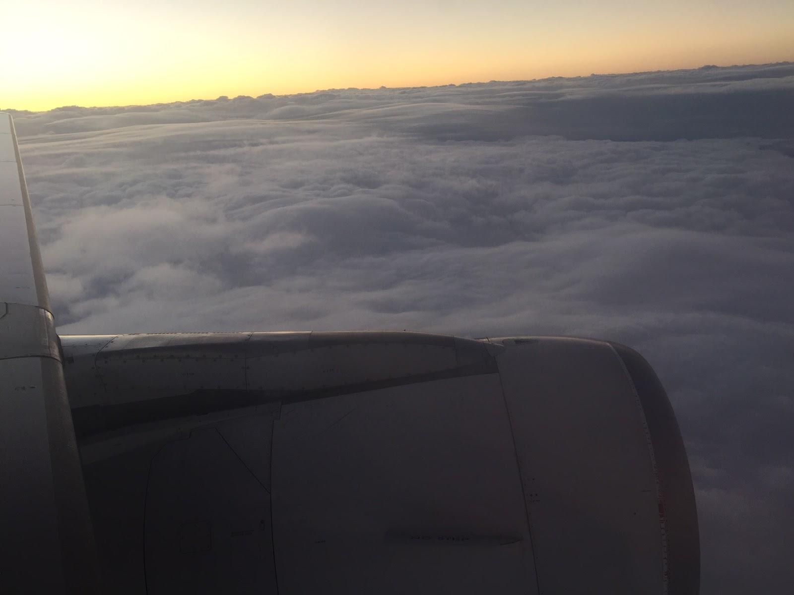 O sol nunca deixa de brilhar acima das nuvens thecheapjerseys Choice Image