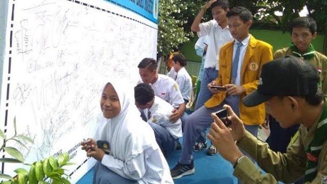 Pelajar SMA Muhammadiyah di Lamongan Deklarasi Tolak Perayaan Malam Tahun Baru