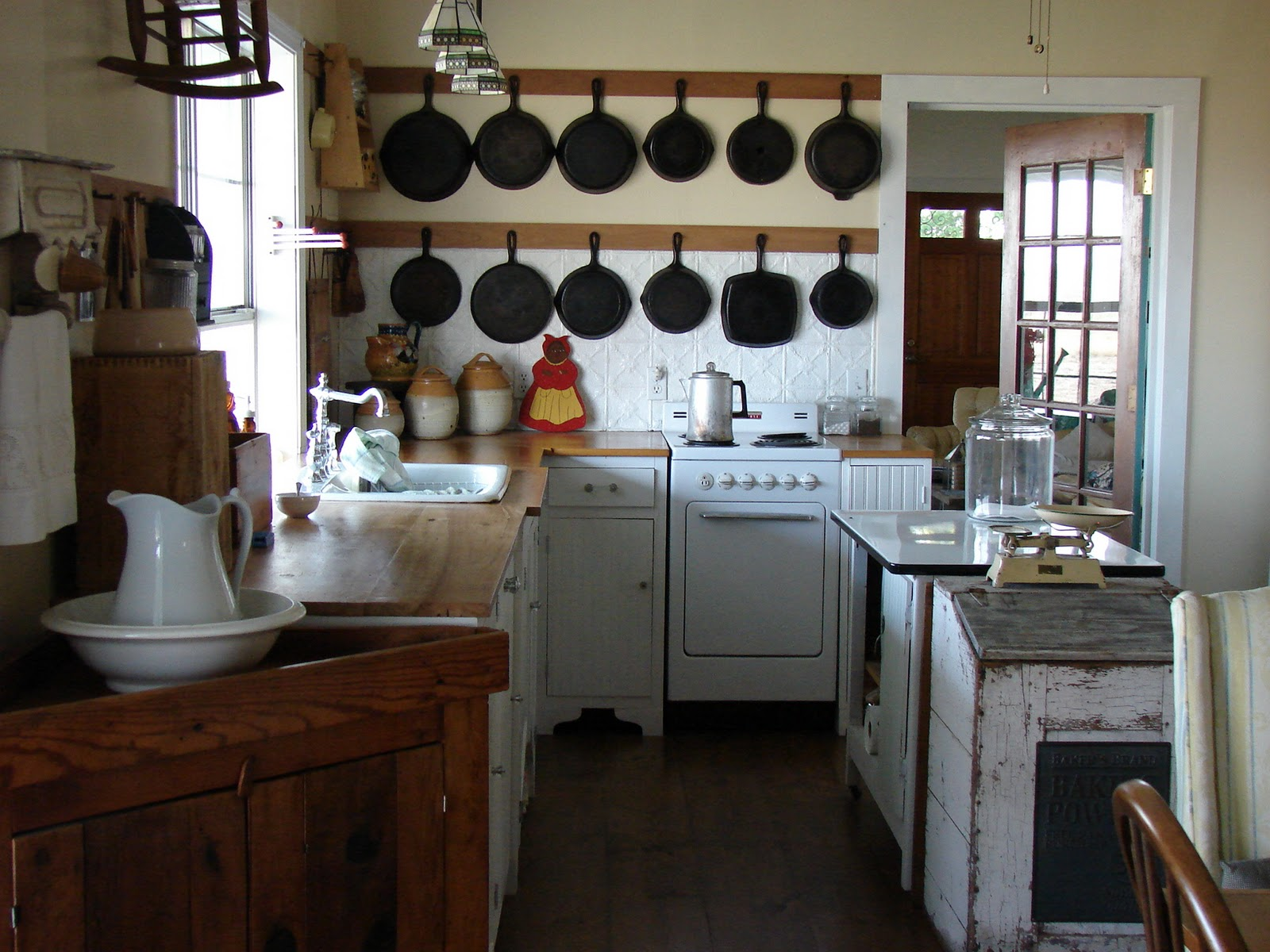 Old Fashioned Country Kitchen
