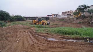 Prefeitura retira lixo e entulho do rio Picuí pela segunda vez em 2017