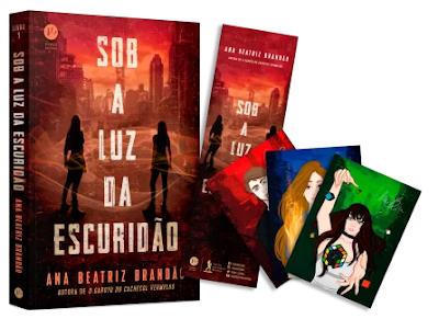 """""""Sob a luz da escuridão"""" novo livro da Ana Beatriz Brandão entra em pré-venda. Saiba como comprar com 10% de desconto."""