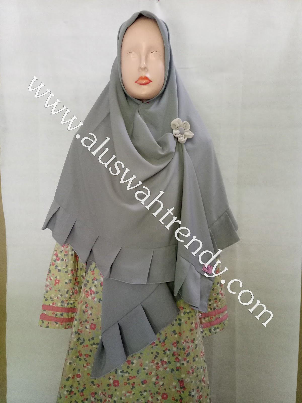 Jilbab Khimar Segiempat Rempel Warna Abu 22