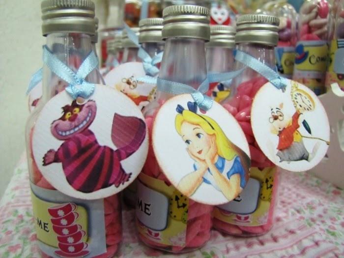 Alice in wonderland inspired desserts table party ideas - Alice in wonderland party decorations ideas ...