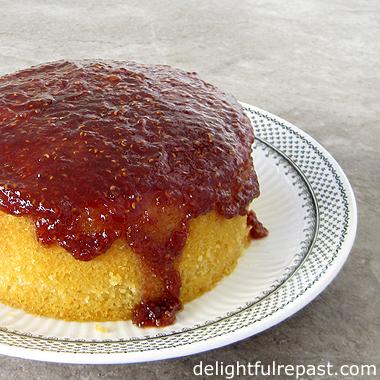 Steamed Jam Sponge Pudding - A British Classic / www.delightfulrepast.com