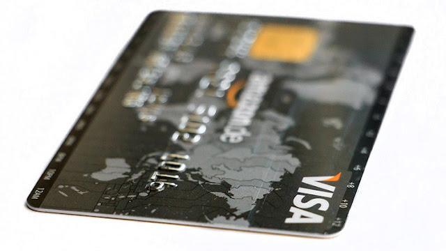 Un nuevo dispositivo siembra el pánico: ¿Es posible clonar su tarjeta bancaria?