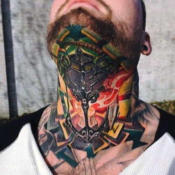 Un tatuaje muy detallado del cuello de farol antiguo