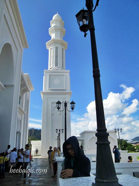 Masjid Terapung Sukadana atau Masjid Oesman Al-Khair Kayong Utara