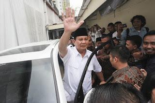 Prabowo Beri Isyarat Estafetkan Kepemimpinan Partai ke Kader Muda