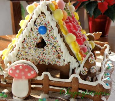 Lebkuchenhaus backen und dekorieren, Lebkuchenhaus selber machen