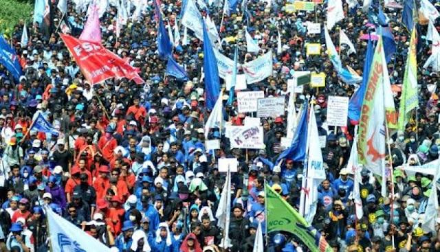 May Day, 20 Ribu Buruh Longmarch ke Istana