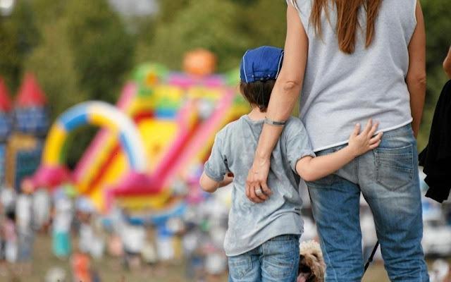 adopcja dziecka - ośrodki adopcyjne - procedura adopcyjna - mama adopcyjna