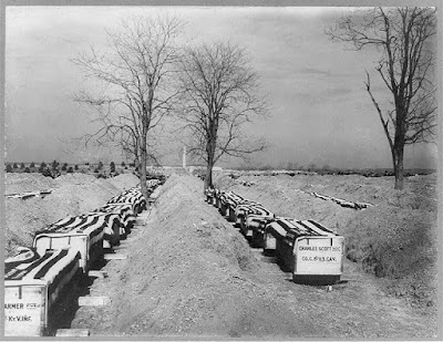 Coffins of Spanish American War dead. Credit: Library of Congress.