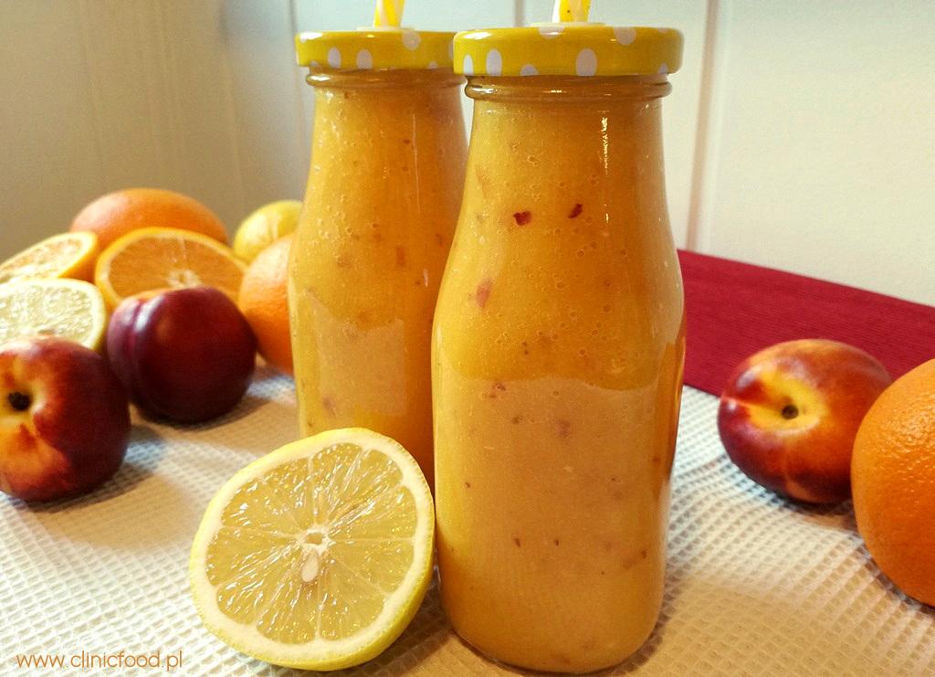 Koktajl z mango i nektarynkami