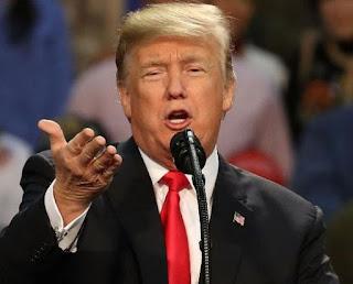 Donald Trump - Responds Chants - Lock Her Up