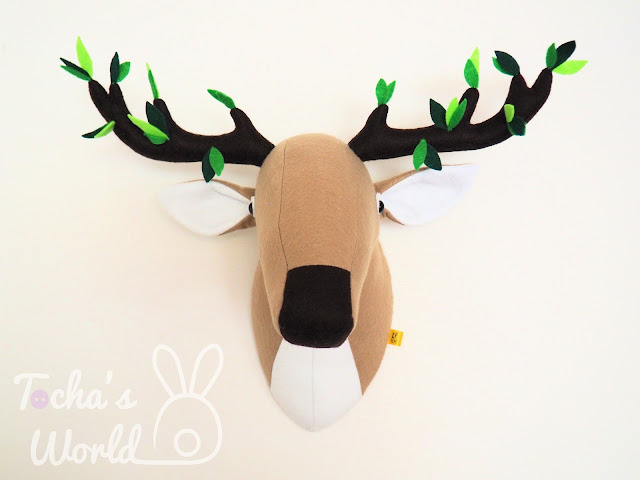 deer, stag, felt, polyester, tree, leaves, green, woods, forest, antlers, horns, home decor, trophy, go green,