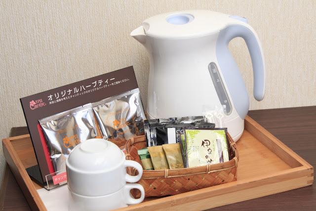 お茶・ハーブティー・お茶請けも完備