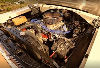 1966 Dodge Charger R/T Hemi Engine